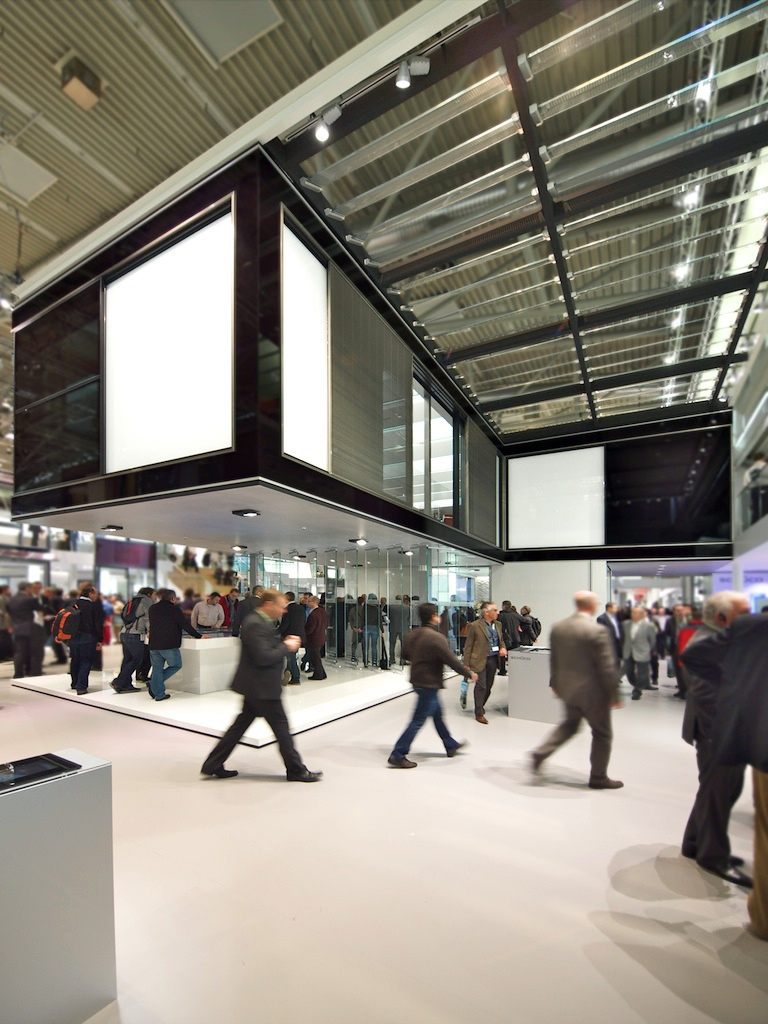 FAT-LAB-17-BAU 2011